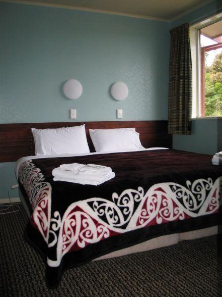 Our kiwiana decor