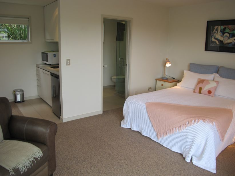 Queen bed and large wardrobes